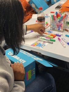 Volunteer coloring box